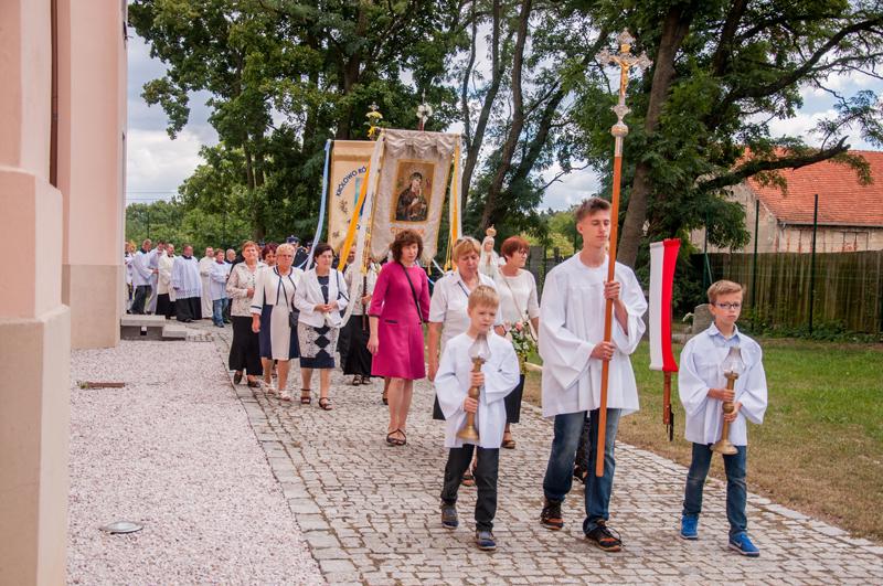http://parafia.cieszkow.pl/wp-content/uploads/2016/10/Msza-117.jpg