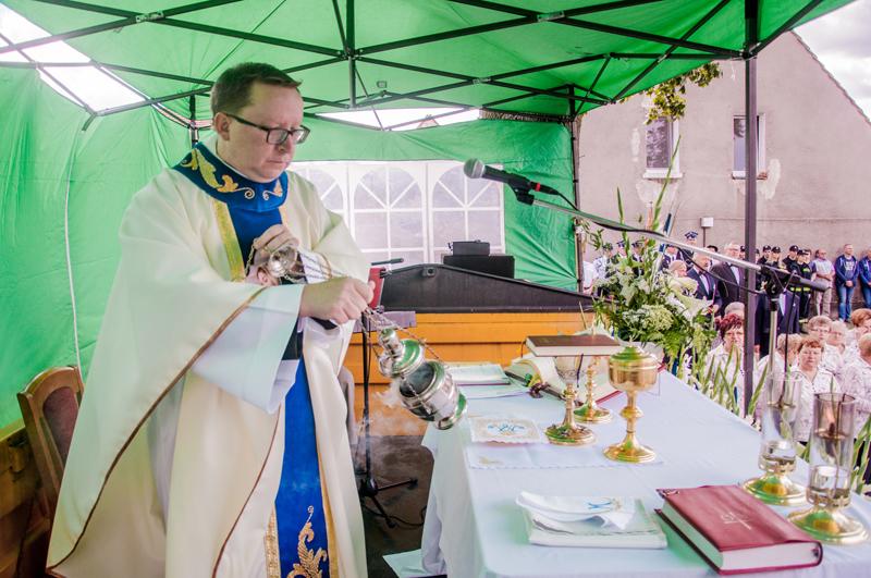 http://parafia.cieszkow.pl/wp-content/uploads/2016/10/Msza-64.jpg